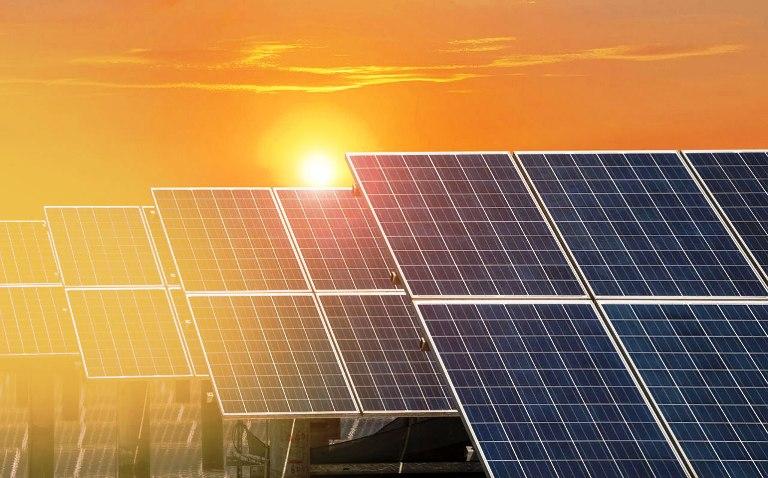 صدور ۲۷ مجوز سرمایه گذاری در زمینه پروژه های تجدید پذیر و مولدهای گاز سوز در خوزستان