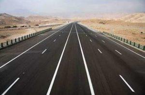 افتتاح 140 کیلومتر بزرگراه و راه روستایی خوزستان با حضور آخوندی