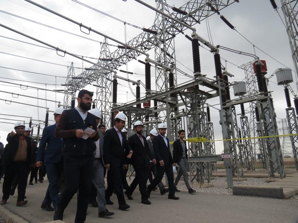 افتتاح و بهره برداری از چند طرح گلخانه ای و خطوط انتقال برق در شهرستان دزفول با حضور دکتر شریعتی