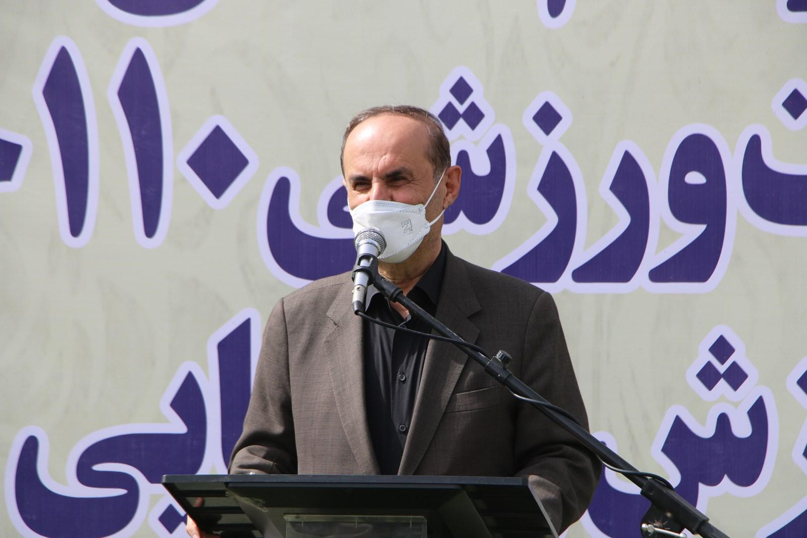 با حضور سلیمانی دشتکی استاندار خوزستان تجهیزات ورزشی به ۱۱۰ خانه ورزش روستایی استان اهدا شد