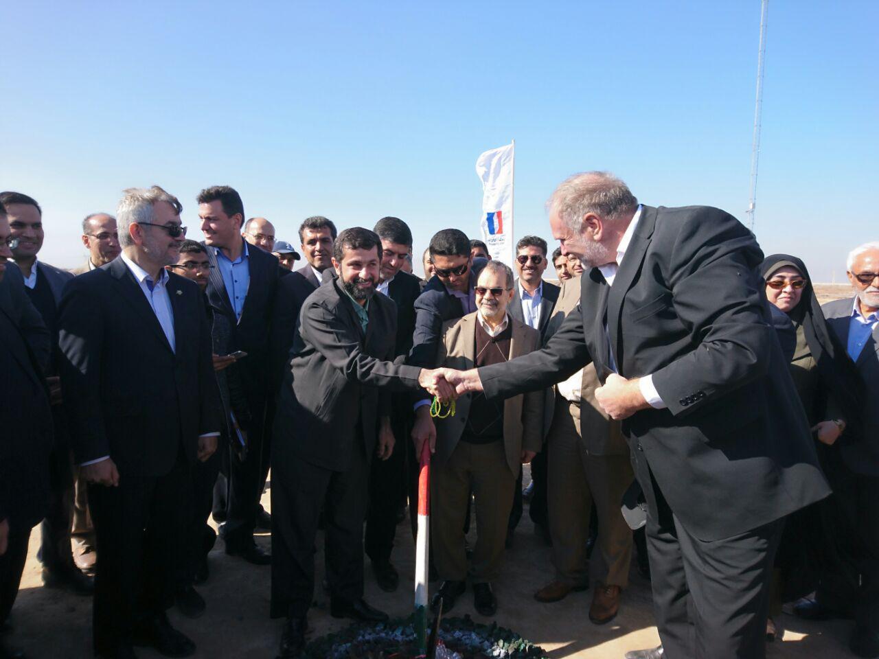 بزرگترین پروژه نیروگاه بادی کشور در خرمشهر کلنگ زنی شد