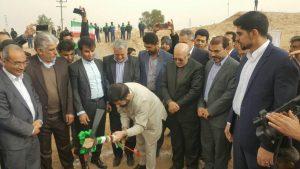 عمليات ساخت كارخانه MDF شوش با حضور وزير صنعت آغاز شد