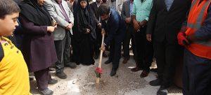 عملیات اجرایی دو پروژه در بخش شبکه آب شهرستانهای کارون و حمیدیه با حضور استاندار خوزستان آغاز شد