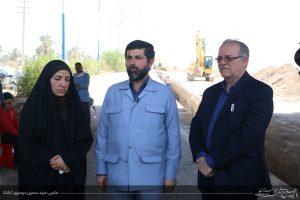 بازدید استاندار خوزستان از طرح ضربتی لوله گذاری خط 700 میلیمتری به تصفیه خانه شهدای شهرستان کارون