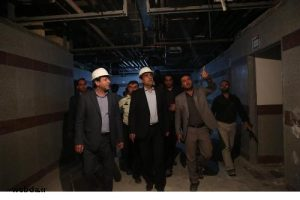 بازدید وزیر بهداشت و استاندار خوزستان از مراکز بهداشتی و درمانی هفتکل و باغملک